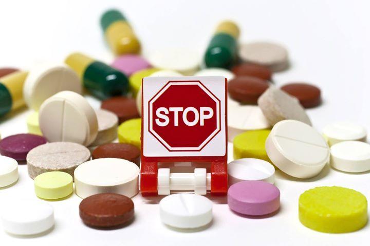MINIMIZZA I MEDICINALI! Se hai un raffreddore o un po' di tosse, pensaci due vol…