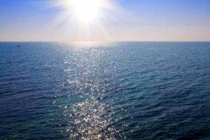 SOLE PRO E CONTRO- Tip 5  L'esposizione al sole è indispensabile alla vita. In q…